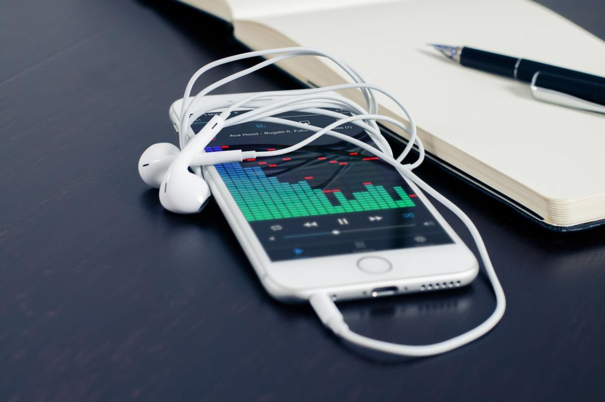 5 Marketing Podcasts To Keep You At The Top